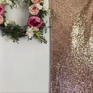 Other - ✨ ROSE GOLD SEQUIN RUNNER ✨
